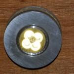 LED-Lampe vom Typ runder-ausragender Einbaustrahler in der Holzhandlung Blömer